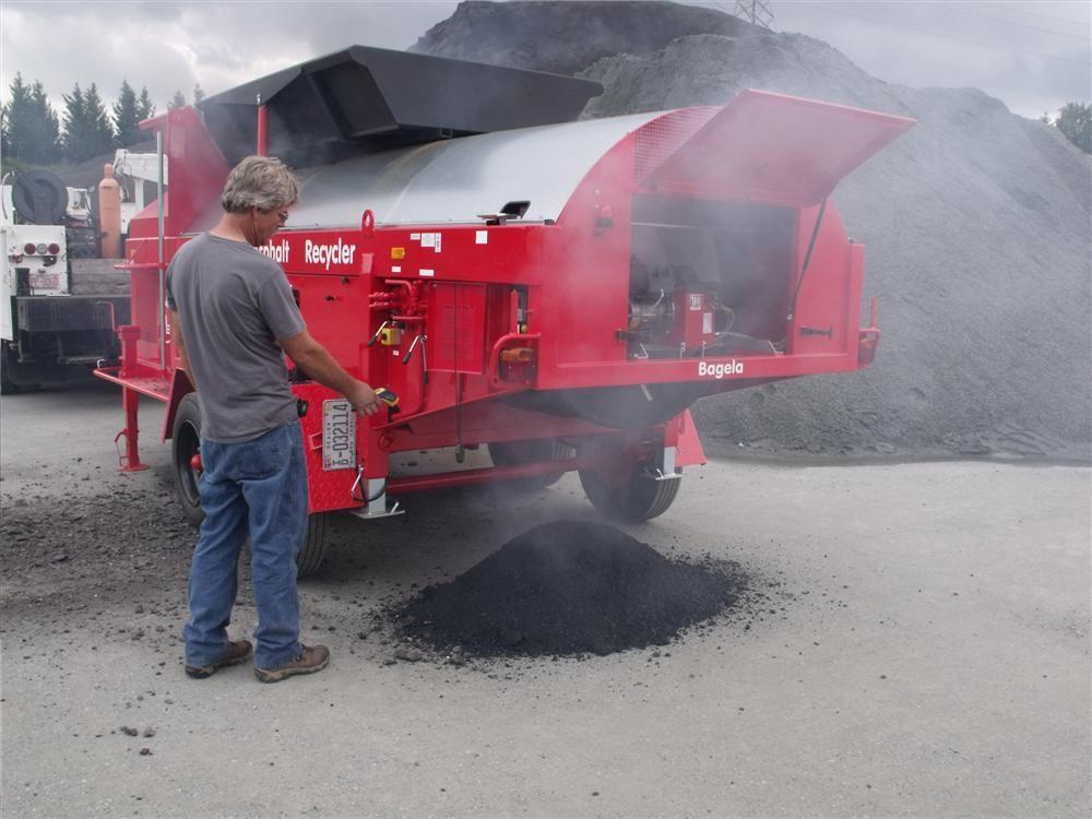 The Bagela asphalt recycler line is designed to supply hot asphalt on demand using existing RAP, chunks, millings or leftover plant mix.