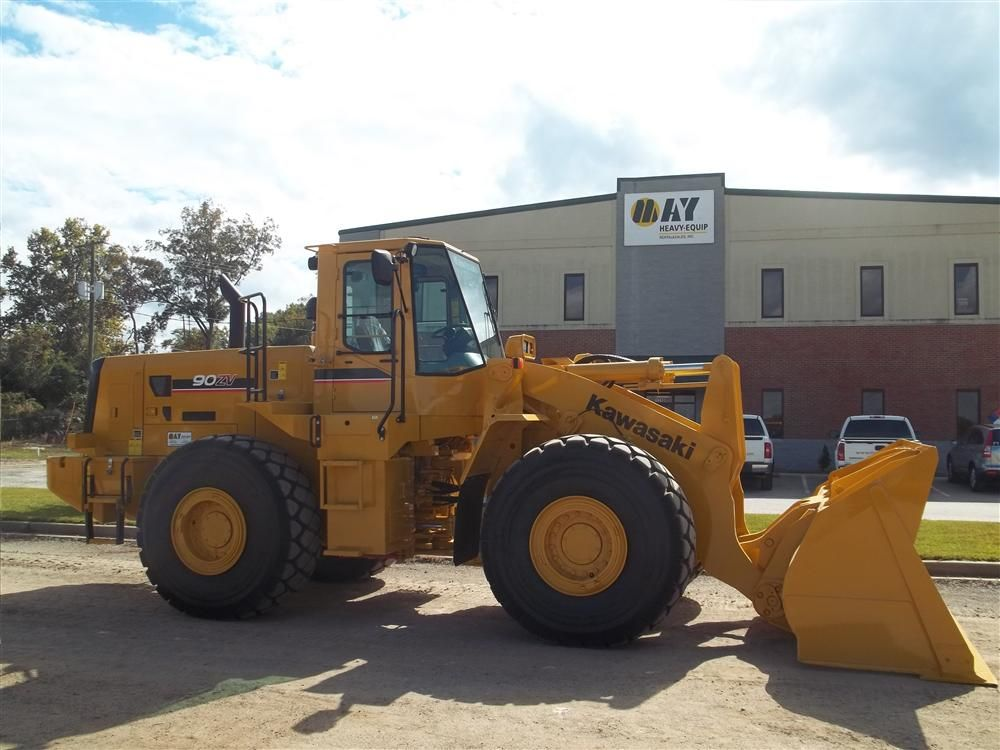 May Heavy-Equip Rental & Sales Inc., based in Lexington, N.C., began marketing Kawasaki's wheel loaders in November.
