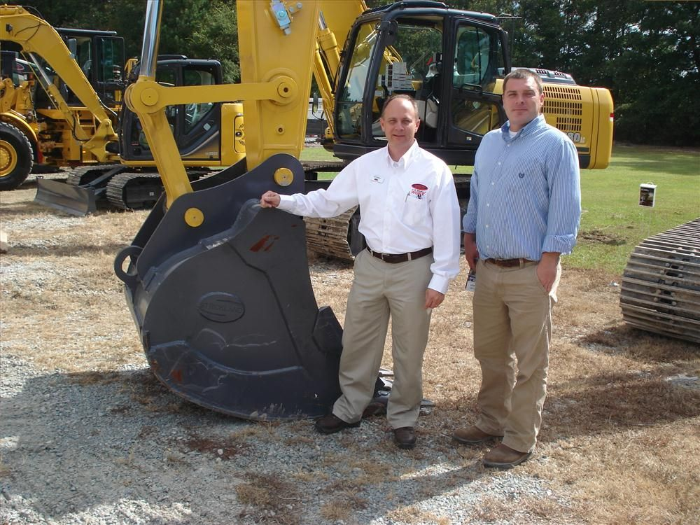 Dick Mizzell (L) of Company Wrench shops with Matt Caldwell of Caldwell Contracting in Columbia, N.C.