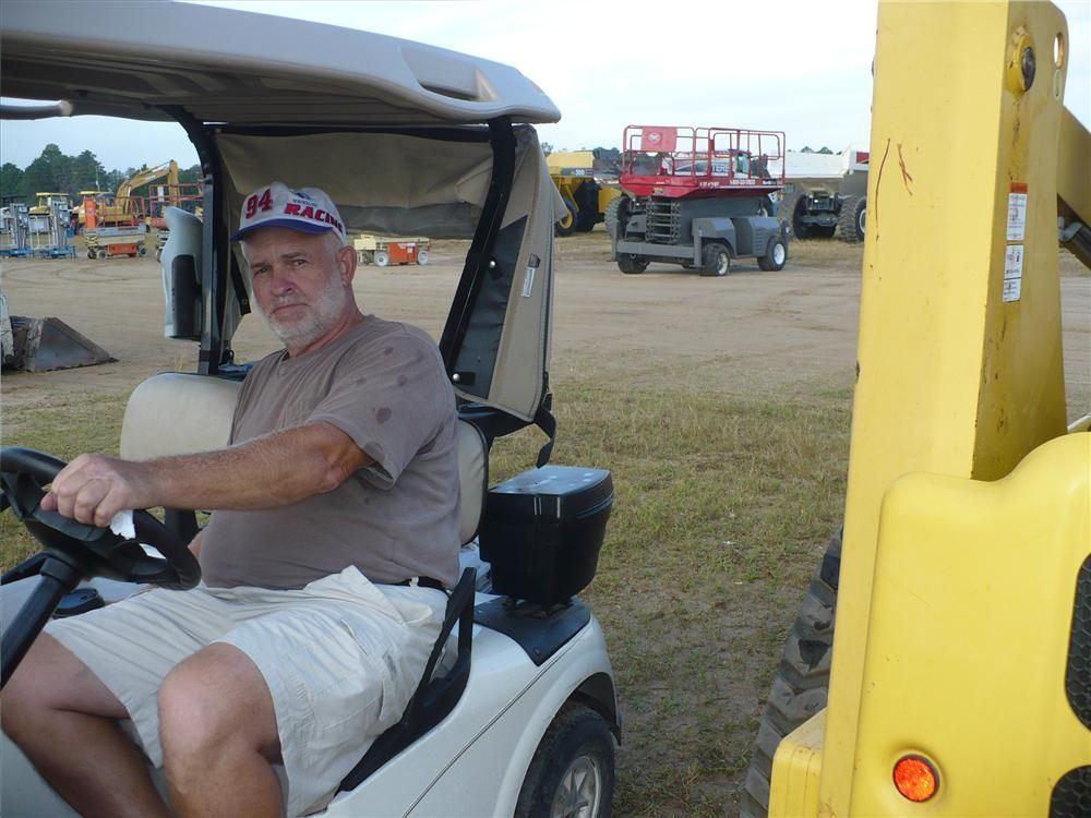 Stanley Pisarski, A to Z Rentals & Equipment,  Largo, Fla., took a long look at the Komatsu track loader.