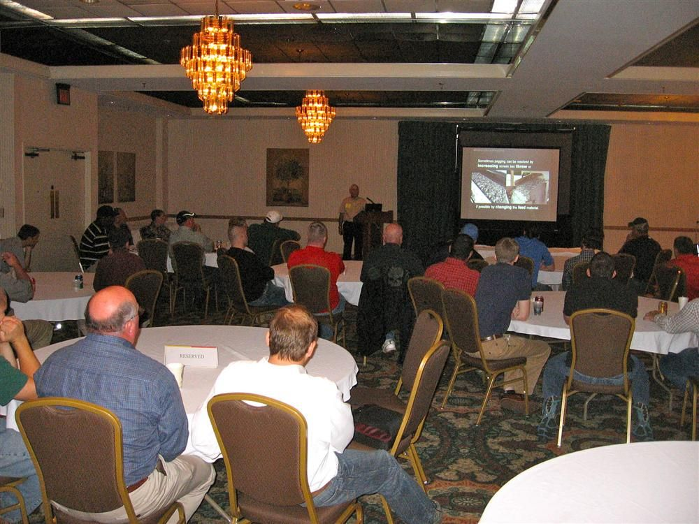 The event began with an interactive screen maintenance seminar.