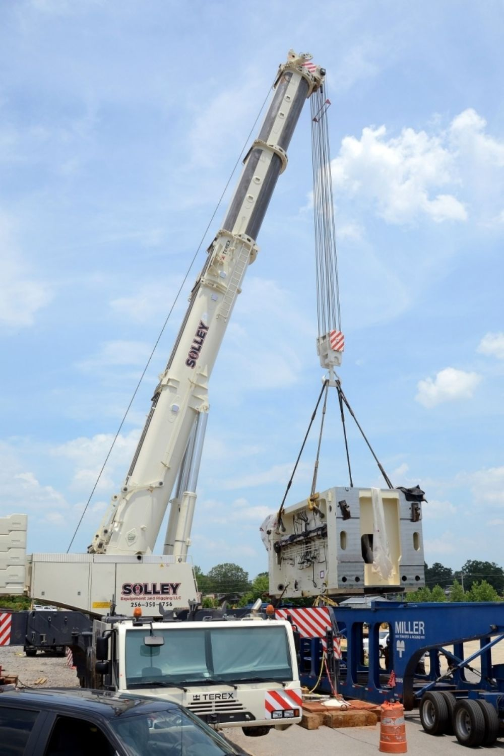 With its acquisition of the 600 ton (544 t) capacity class Terex AC 500-2 all terrain crane, Solley Crane Service can make a lift with a single crane, rather than the two it previously needed.
