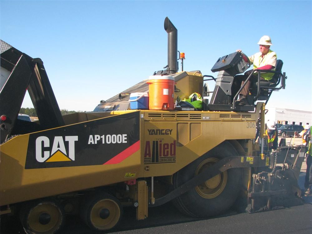 Allied Paving's new Cat AP1000E paver at work at the new Caterpillar plant in Athens, Ga.