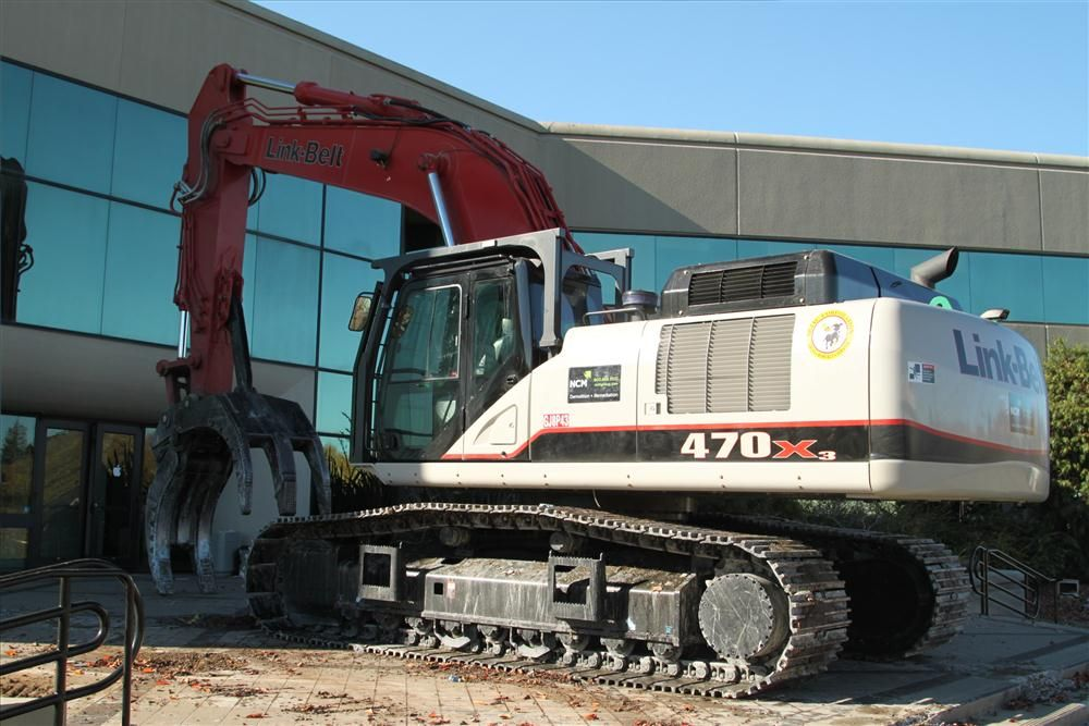 Fast forward 30 years and Bejac's equipment, mostly Link-Belt excavators with Genesis demolition attachments, has 17 machines on the Apple Computer Campus job in Cupertino, Calif.