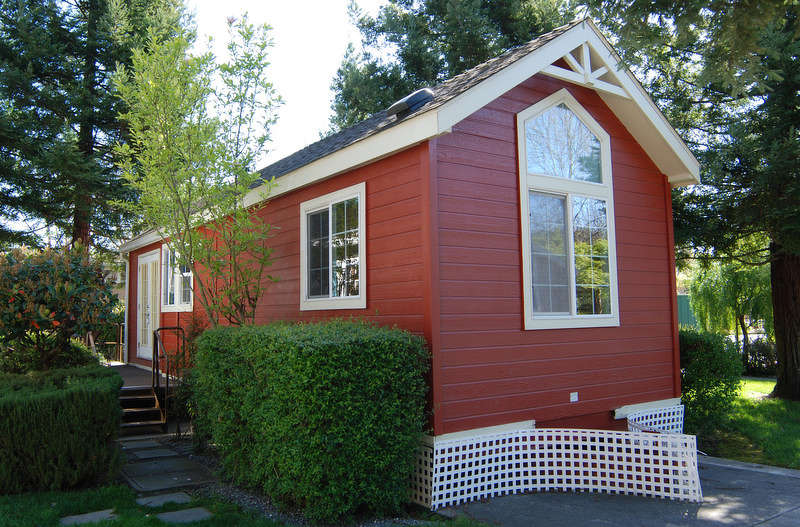 Seattle Backyard Cottage Rules : Council is trying to figure out how to permit more backyard cottages
