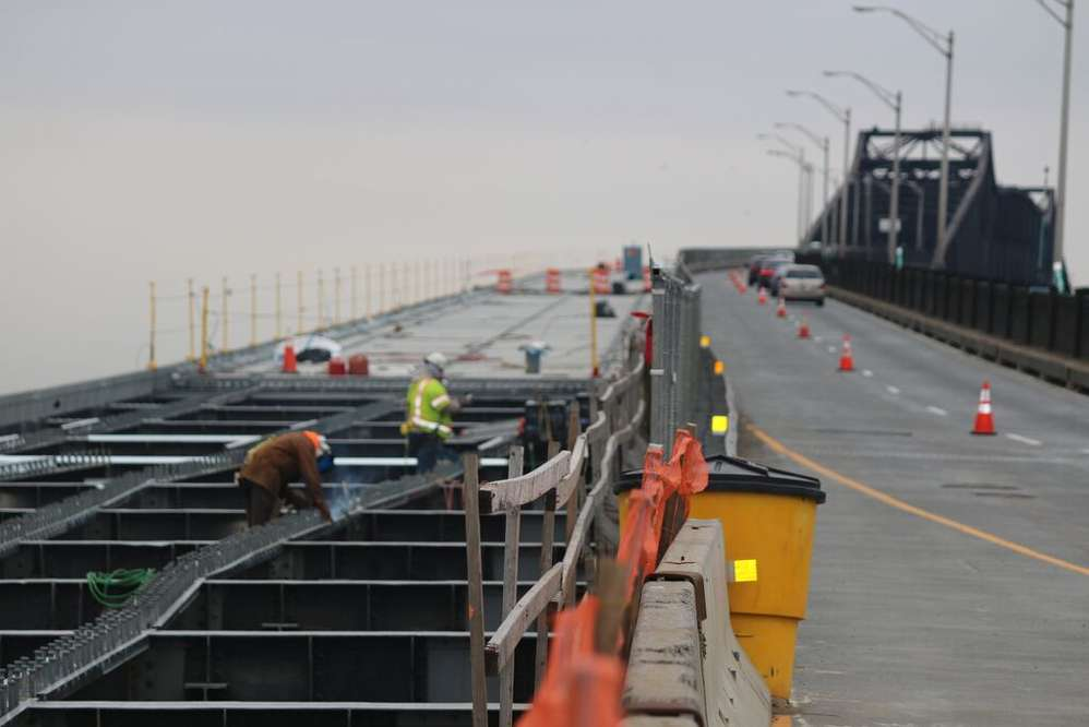 Iconic Pulaski Skyway Receives 1b Facelift Story Id