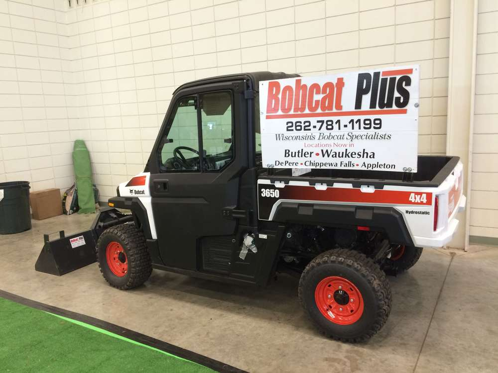To help out a good customer and to support the annual alpaca show, Bobcat Plus delivered a skid steer loader for free of charge use to help with the show set up and tear down.