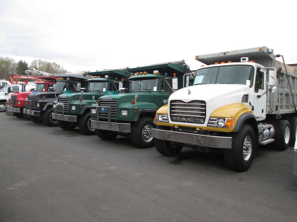 A 1997 Mack RD688S triaxle dump truck brought in $61,000.