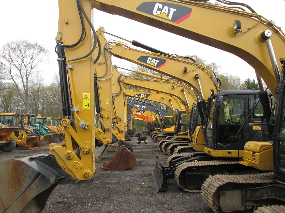 Buyers had their choice of 26 excavators.