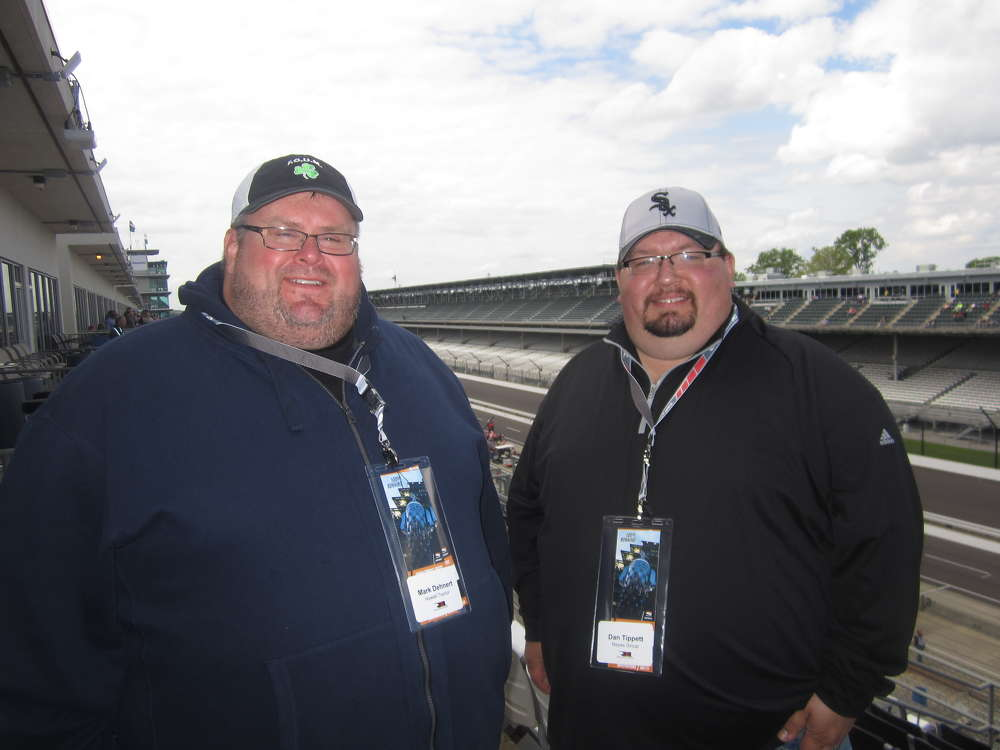 Mark Dehnert (L), area manager, Howell Tractor & Equipment LLC, welcomes Dan Tippet of Reyes Group to the Mi-Jack suite.