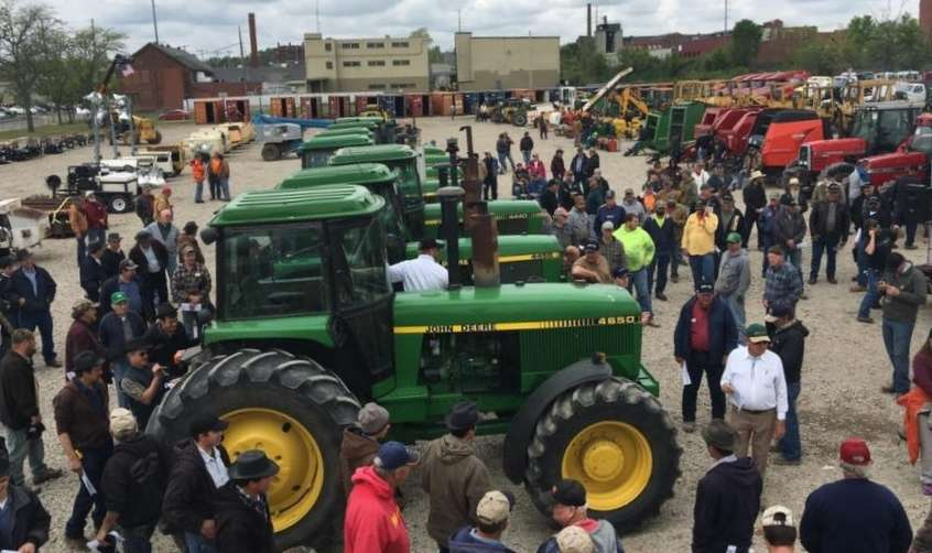 Yoder & Frey Auctioneers' first annual Ashland, Ohio, consignment auction, held on May 17, drew an enthusiastic crowd of onsite bidders, and attracted a substantial amount of online bidding.