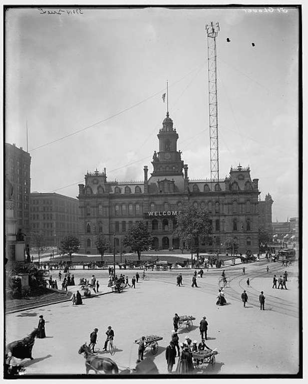 Library of Congress photo. Moonlight tower over Detroit, Mich., city hall.