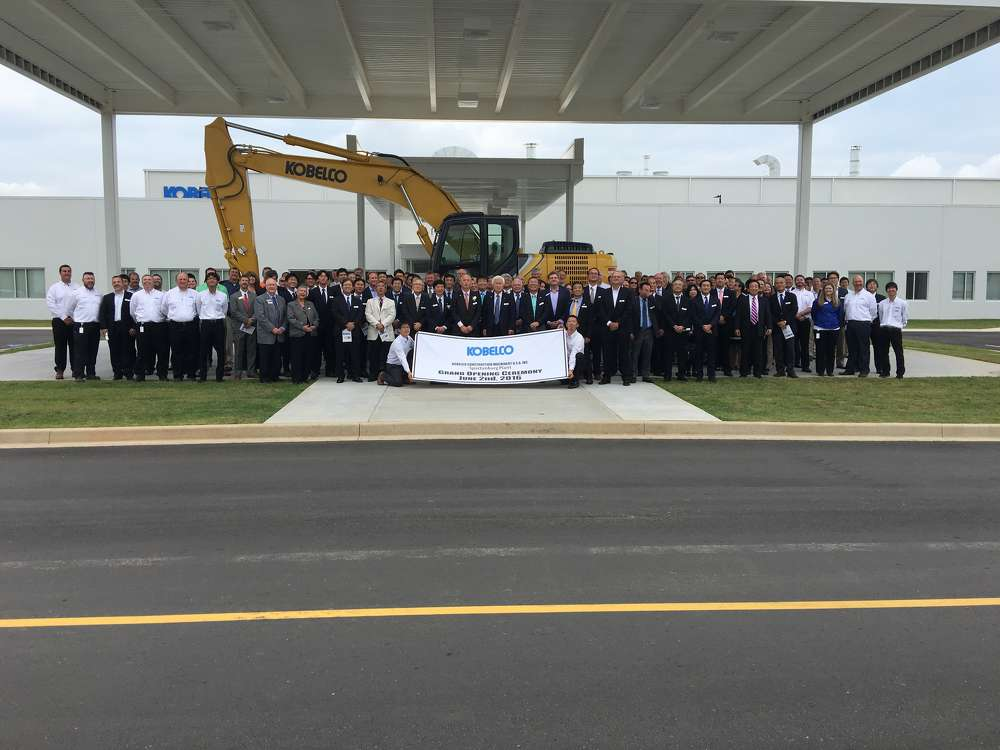 Kobelco executives, dealers, South Carolina dignitaries and special guests attend the grand opening event.
