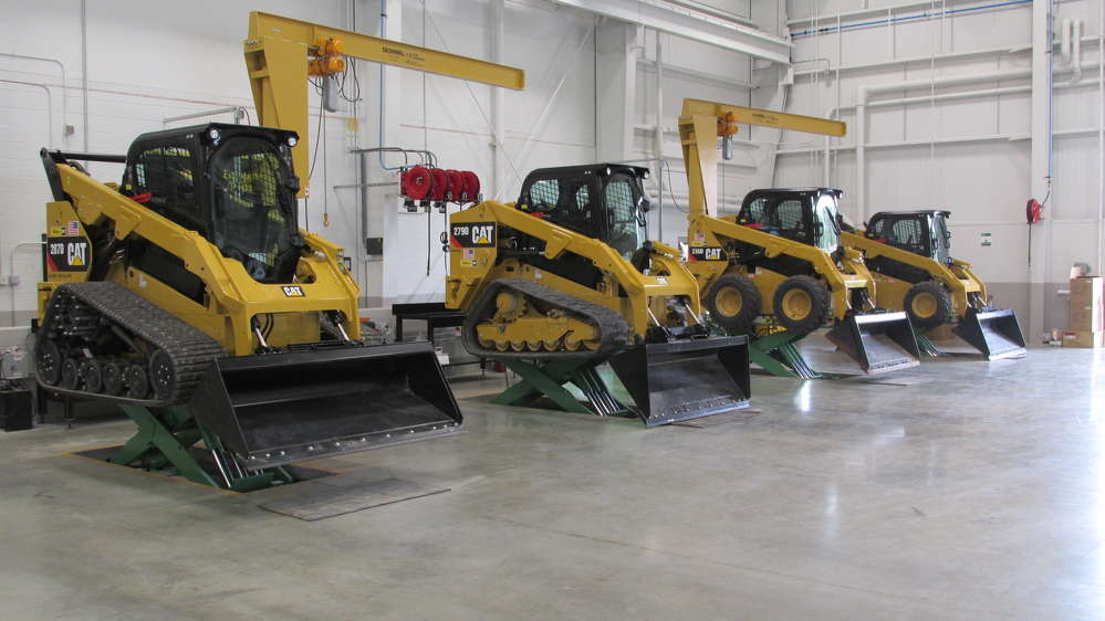 The Londonderry location has a service shop dedicated to the compact equipment owned by a large portion of Milton CAT's customers.