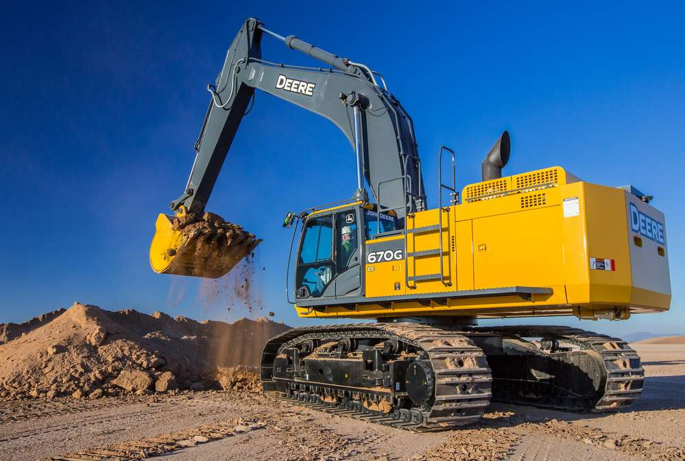The definition of a mass earthmover, the John Deere 670G LC excavator is the latest model to be updated to meet customer needs and emissions.