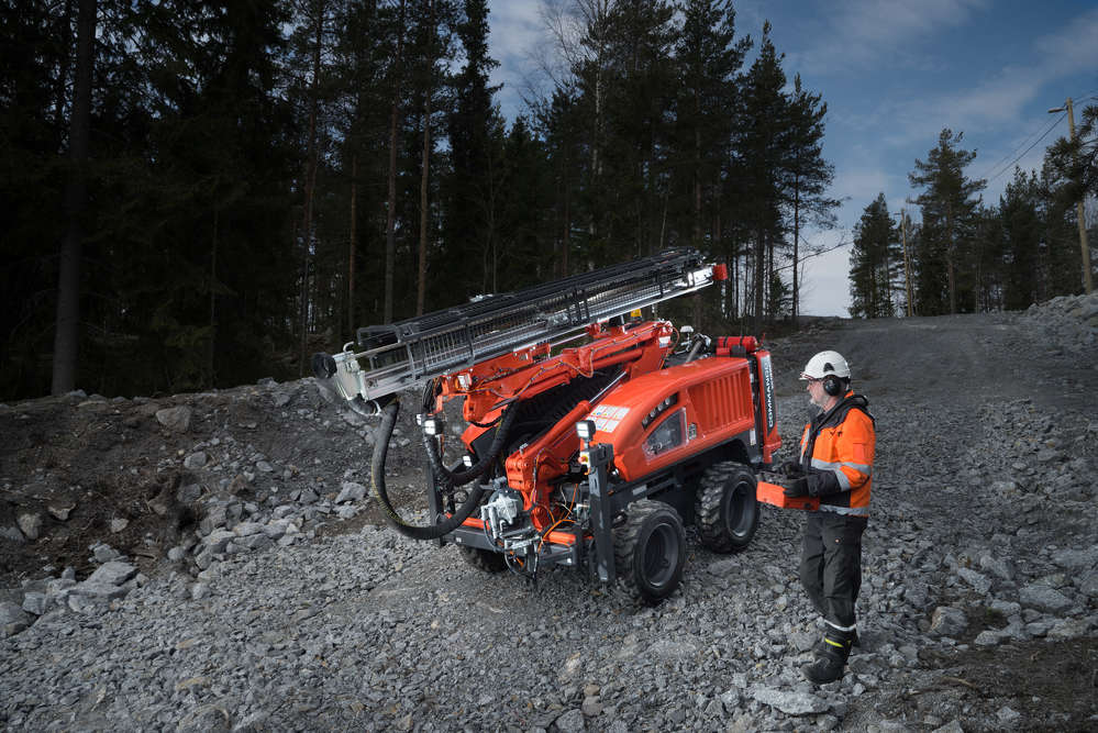 The Commando DC130Ri — a rubber tired compact size top hammer drill rig — is the latest addition to Sandvik Construction's surface drilling product offering.