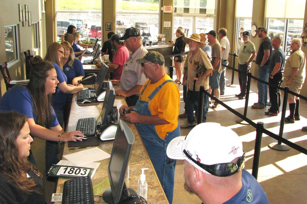 Attendees came in droves for the Ritchason Auctioneers sale.