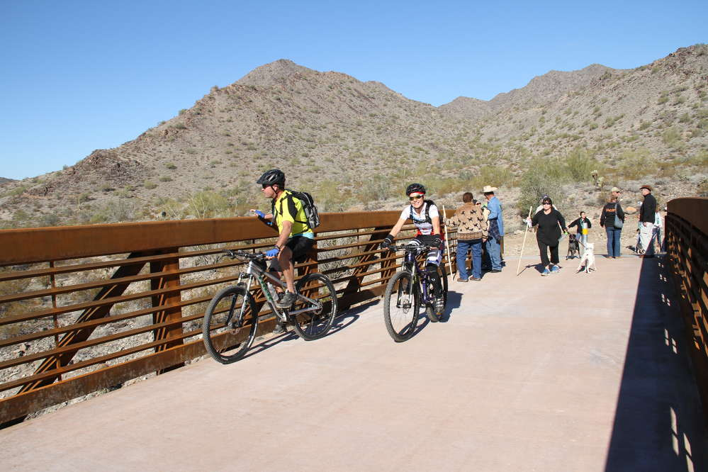Skanska has completed work at Skyline Regional Park in Buckeye, Ariz., that will enable residents and visitors to enjoy a new park.