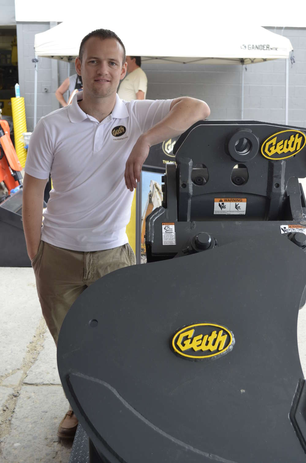 A little bit of equipment trivia … some of you may remember that at one time Geith had its U.S. headquarters just down the road from Pine Bush Equipment and Pine Bush was one of its first dealers.  Representing Geith products is Padraig Egan, territory manager.