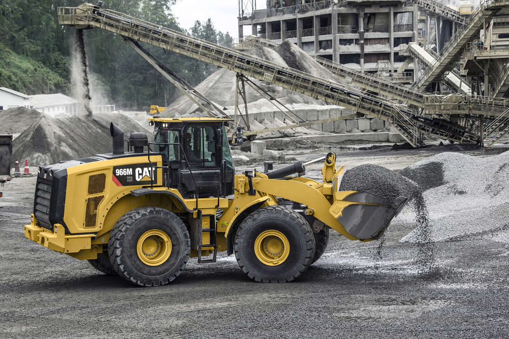 The 2016 product updates include all new Cat Connect Technologies, additional safety features and reduced operating costs.