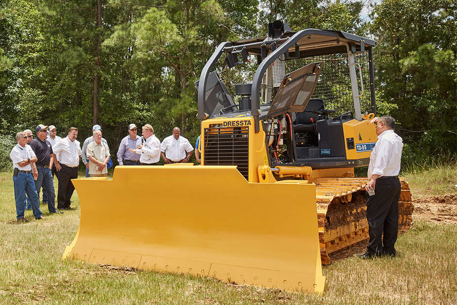 One of the heavy equipment owner and operators who was tapped by Dressta to provide input during the design and development phase of the dozers demoed the equipment at the event.