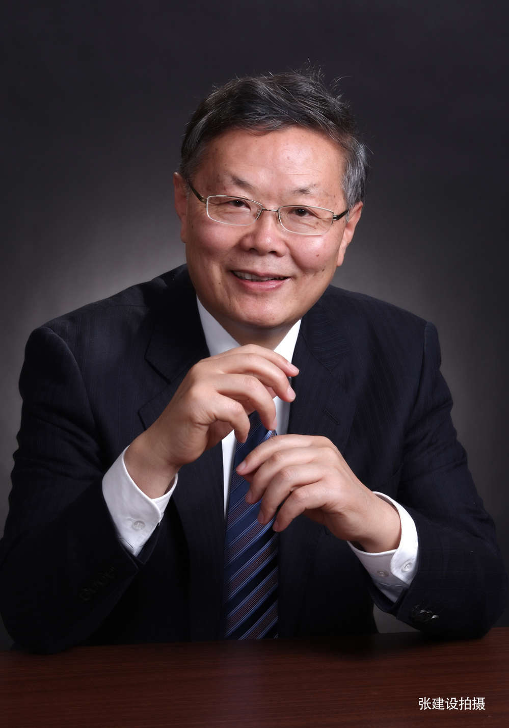 He Qinghua is the founder of Sunward Equipment Group.