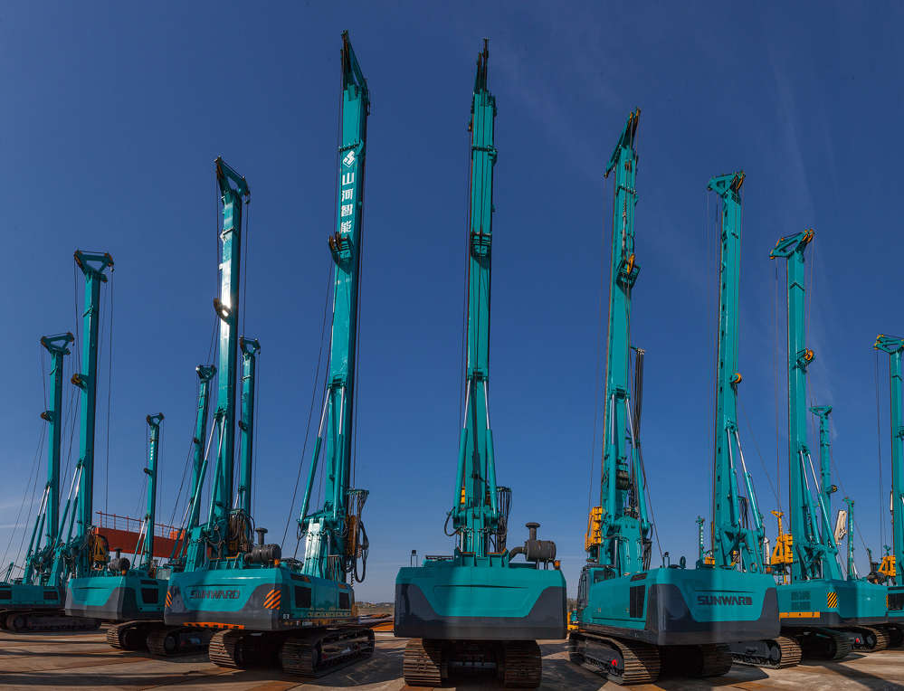 Sunward Equipment manufacturers a wide array of drilling rigs.