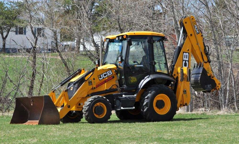 In the few short months the company has been using the new JCB backhoe loader, the machine has already greatly proven its value to the company.