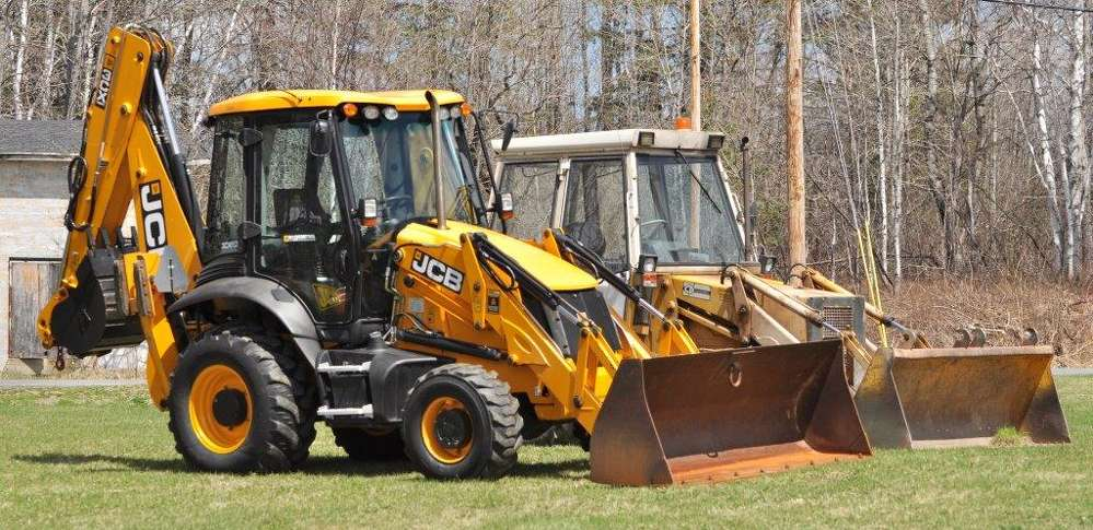 The team at LWSD recognized a need for a second backhoe loader to help them with an abundance of projects, so they began looking into options to ensure they would make the right choice.