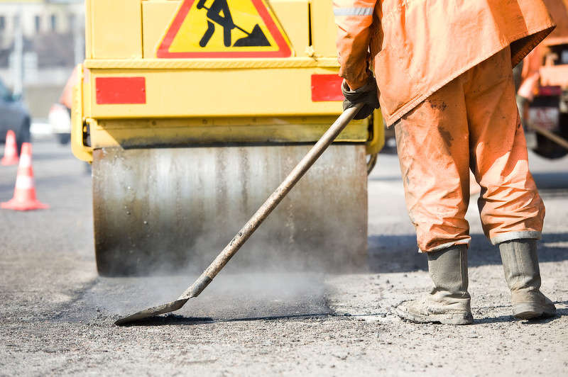 The PAVE NY program emphasizes projects that improve the physical condition of local roadways, create jobs and enhance local economic competitiveness.