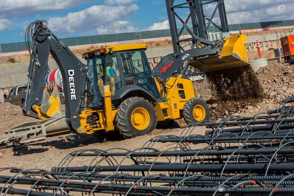 John Deere was the only original equipment manufacturer recently awarded a three-year construction equipment contract by the National Purchasing Partners Government Division (NPPGov).
