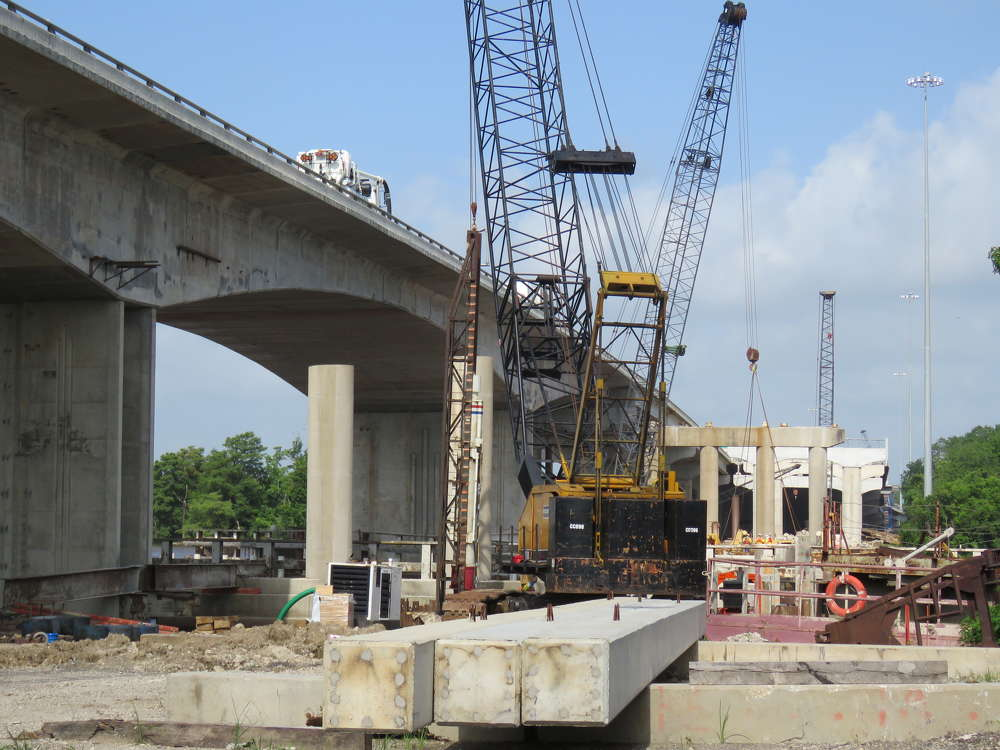 TxDOT photo. The new Purple Heart Memorial Bridge is expected to be finished in 2017.