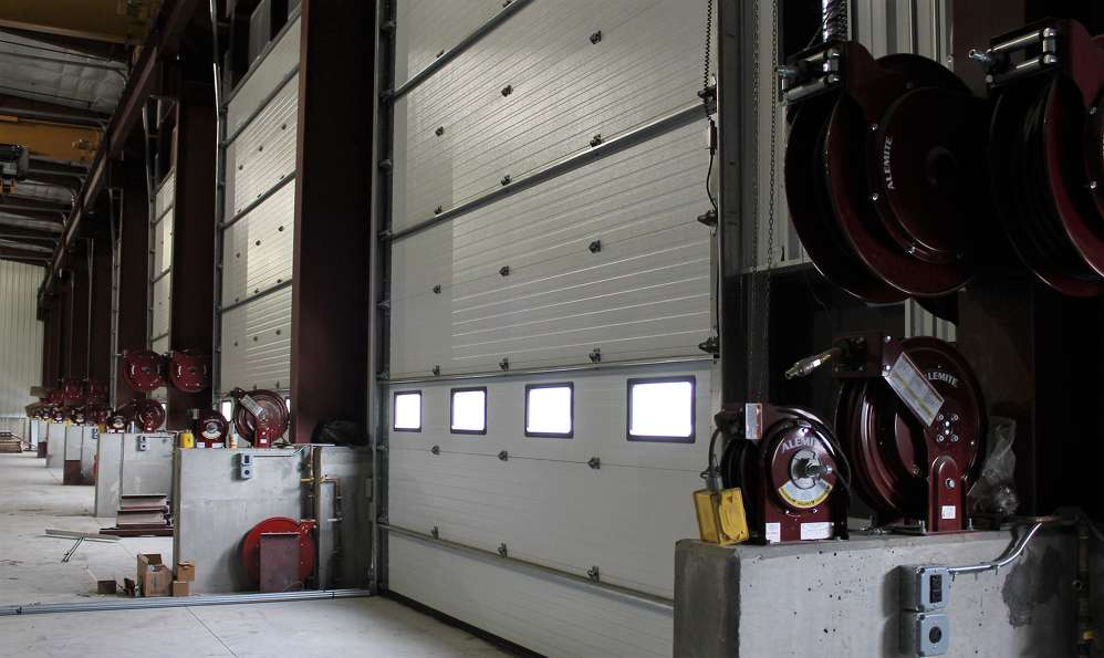 The new service shop is 5,750 sq. ft.  (534 sq m) and includes eight double bays, a welding bay and a wash bay.