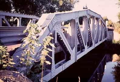 A historic bridge that's the last of its kind in Michigan is going to be replaced by a new span that'll be the first of its kind in the state.