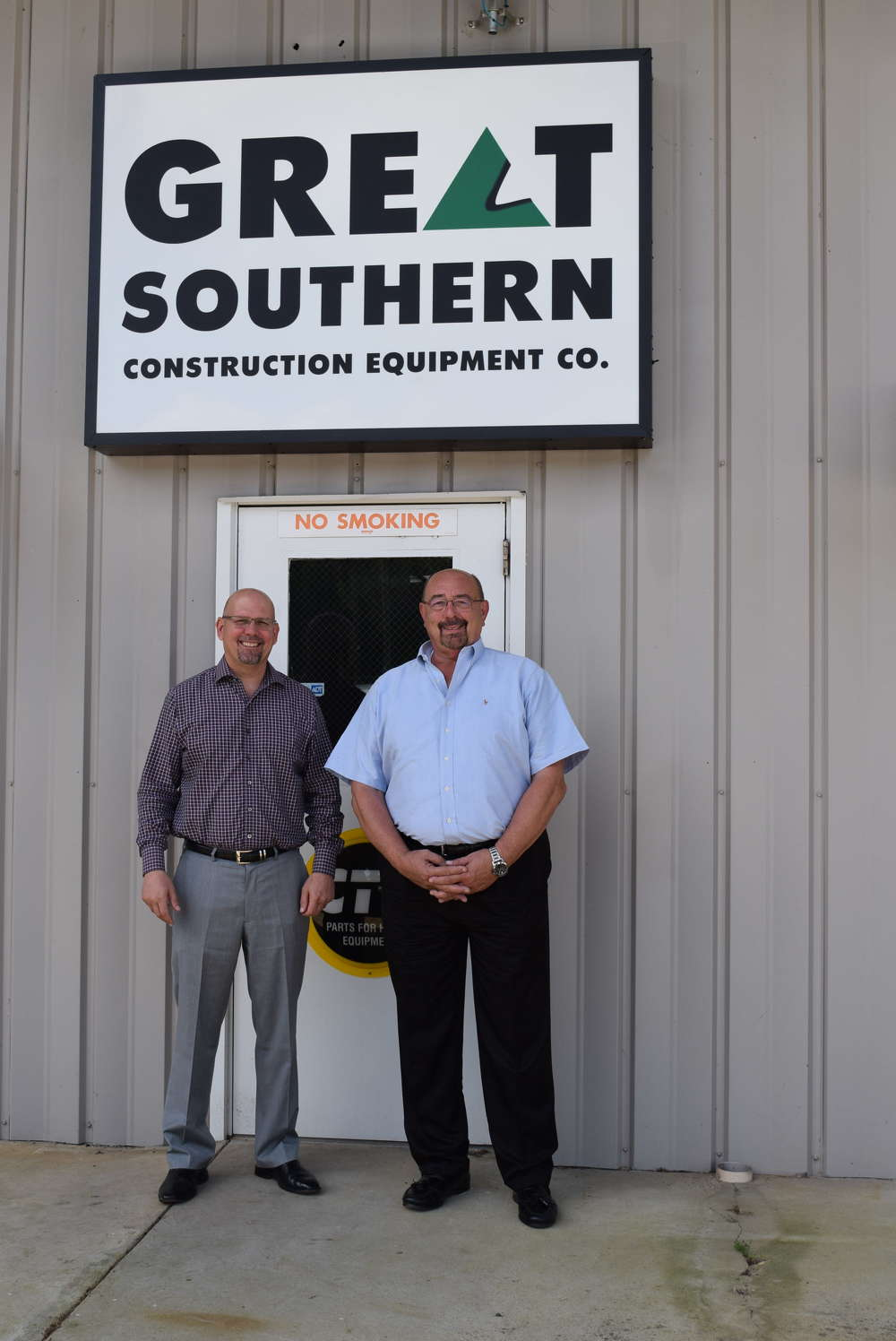 Ray Ferwerda (L), president of Great Southern Equipment, and John Roseberry, sales manager.