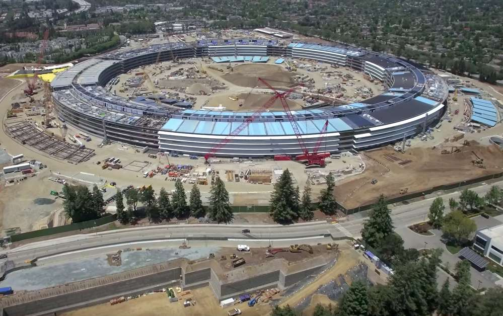 Apple Campus 2 continues to emerge in Cupertino, Calif.