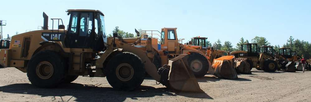 There was a large selection of loaders available. A 2007 Cat 930G sold for $55,000.