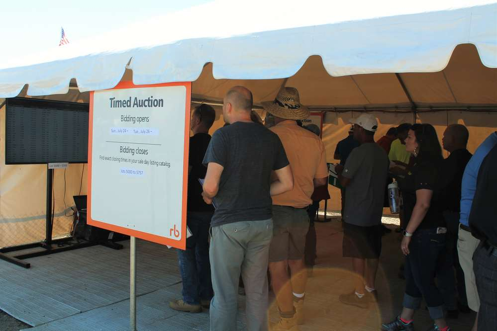 The sale also included a timed auction tent, allowing buyers to bid on attachments, consumer goods and other smaller items. These items are sold without an auctioneer, with lots closing at various times throughout the sale.
