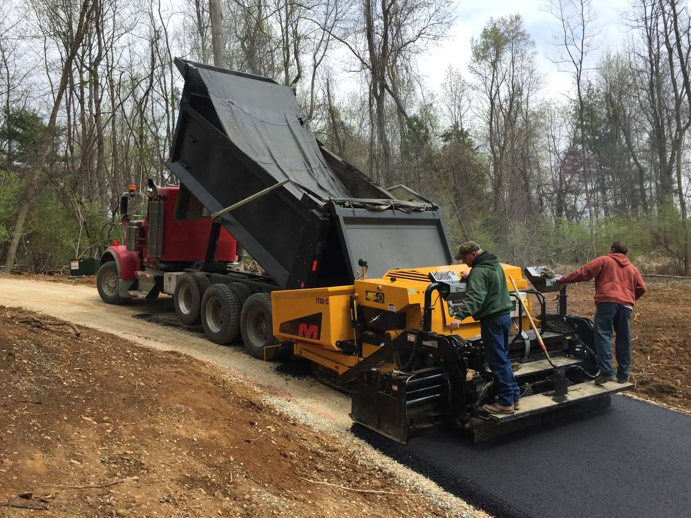 In addition to offering a full line of commercial asphalt pavers, Mauldin also manufactures oil distributors, tack tanks, motor graders, and rollers.