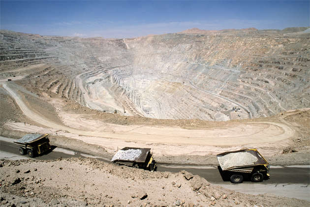 The Chuquicamata mine, located 1,650 kilometers north of Santiago, Chile, is owned and operated by Chile's National Copper Corporation, Codelco. (Stefan Boness/Panos photo)