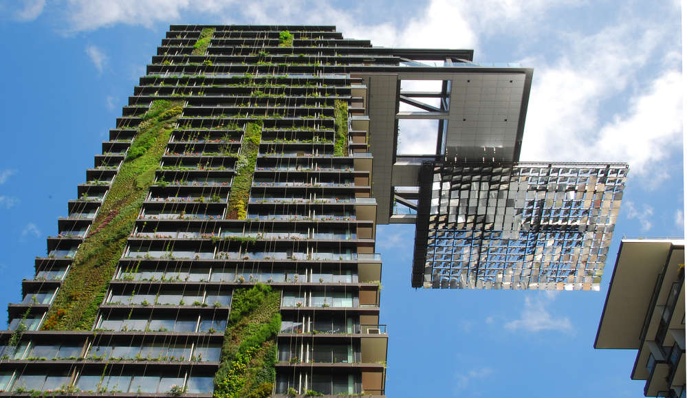Going Green with the Hanging gardens of One Central Park, Sydney. Image courtesy of wikipedia.