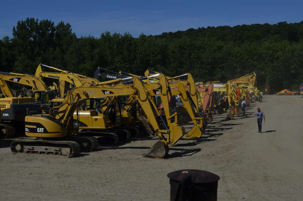 This two-day sale featured a very large collection of construction equipment, including a great excavator lineup.