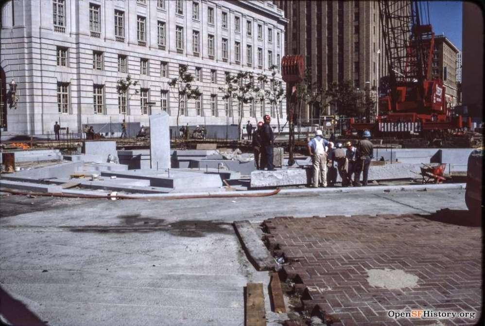 Constructing United Nations Plaza May 1977. Courtesy of OpenSFHistory.org.