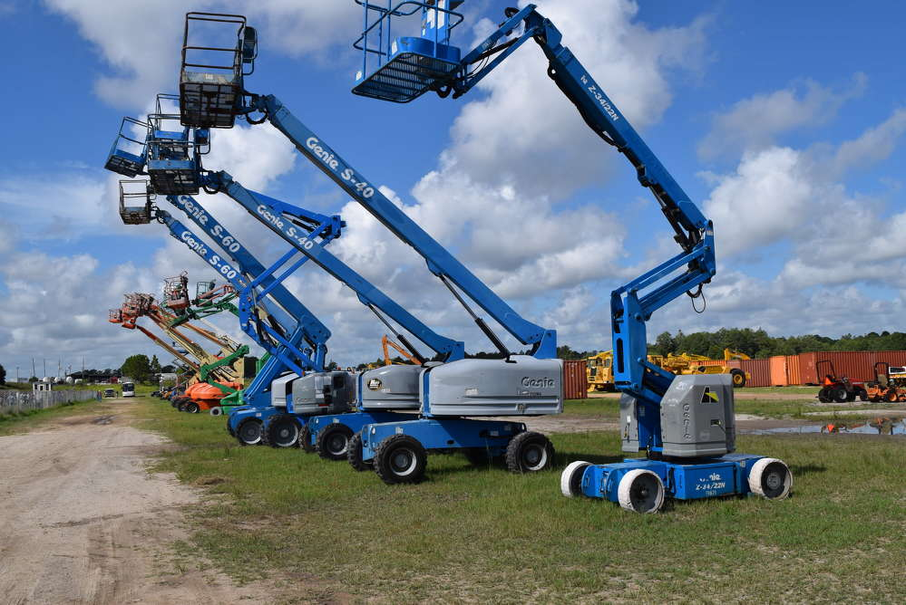 A wide selection of personnel lifts were available at the sale.