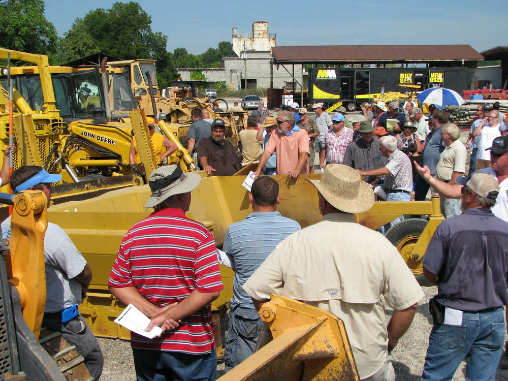 Martin & Martin Auctioneers held an absolute retirement auction in Augusta, Ga., for RW Bussey Construction Company.