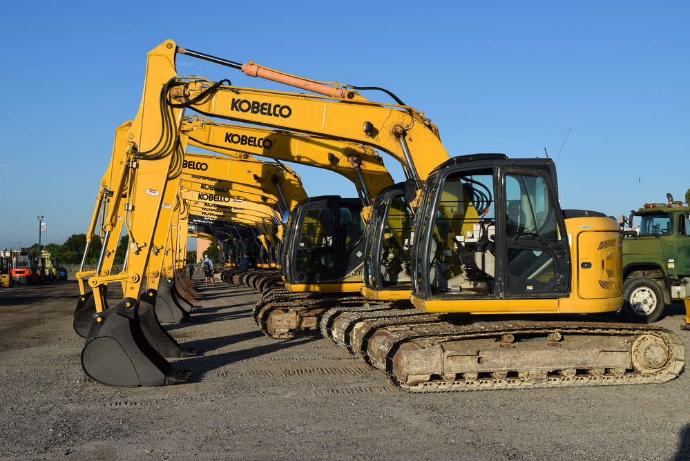 Close to 1,900 equipment items and trucks were sold in the auction, including more than 35 excavators.