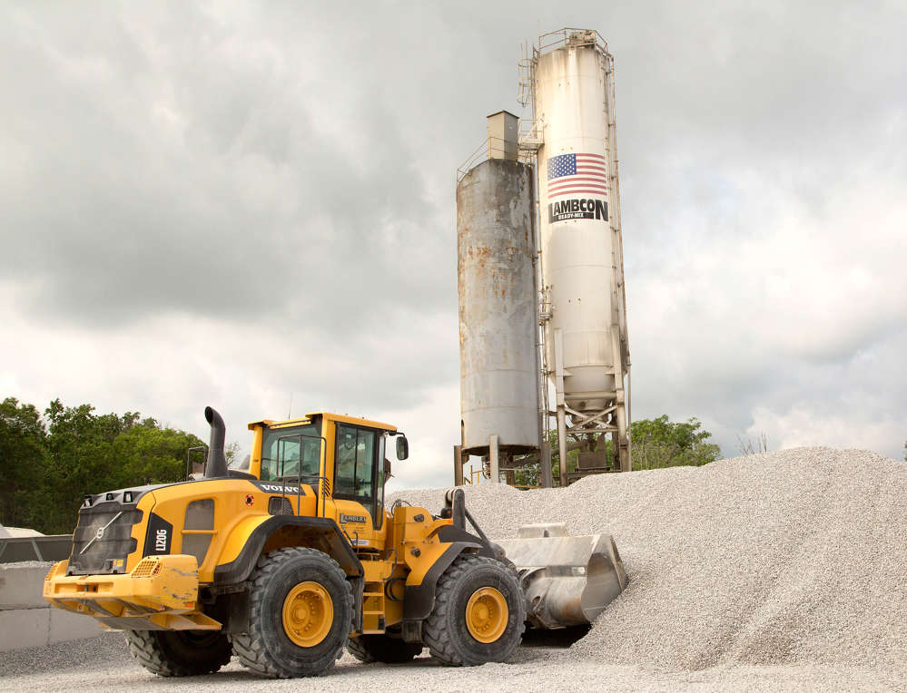 The Volvo L120G features a durable engine, transmission, axles, hydraulics and steering.