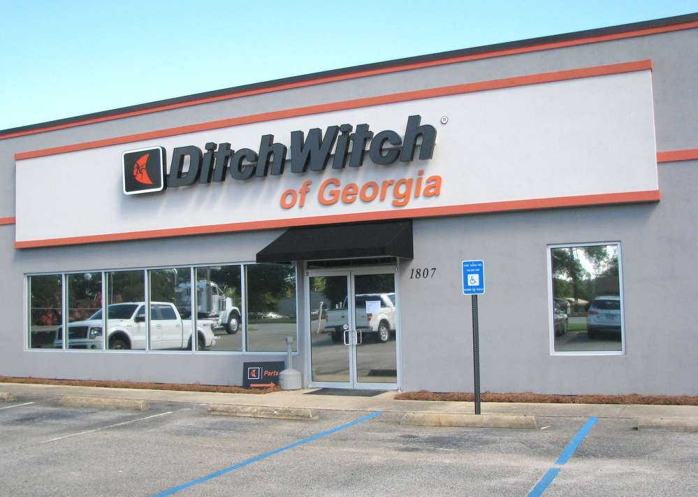 Ditch Witch of Georgia hosted a customer appreciation luncheon and grand reopening of its newly redesigned facility, located on W. Oakridge Drive in Albany, Ga., on Sept. 15.