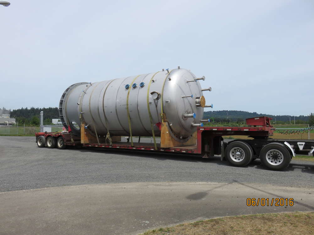 Solvay Chemicals photo The steam methane reformer, along with its process vessels and process equipment, are installed on skids, and its installation is being coordinated with the installation of the auto-oxidation peroxide plant.