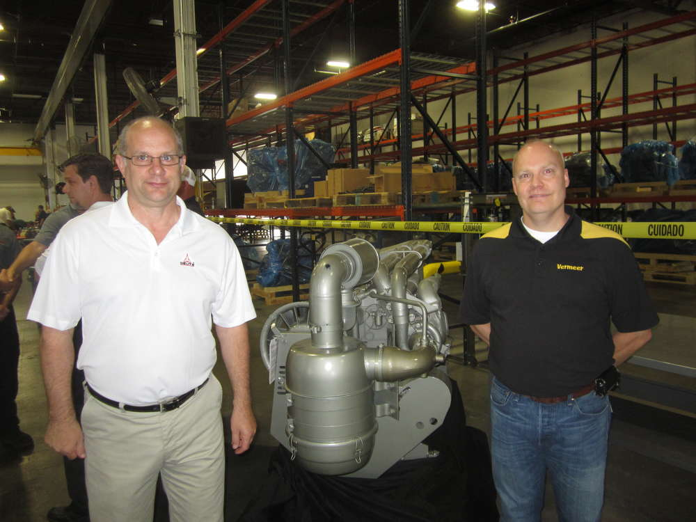 Grant Macneill (L), DEUTZ Power Center Midwest, and Jeremy Vande Noord of Vermeer talk at the event.